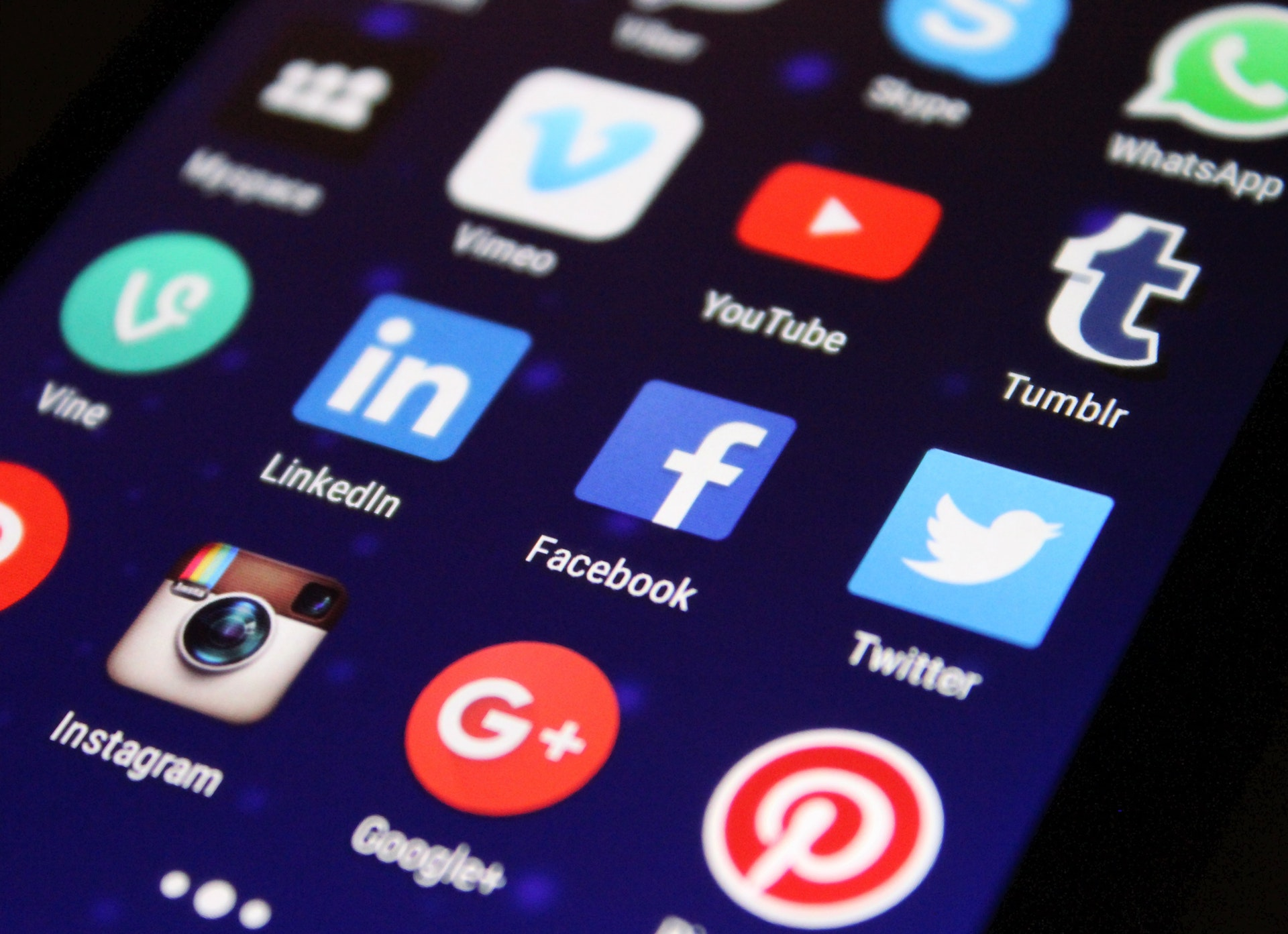 réseaux sociaux pour votre entreprise